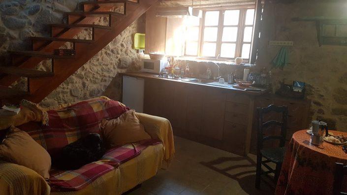 sala de estar vivienda rustica galicia