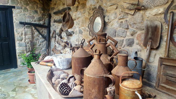 antiguos utensilios de viviendas rurales en galicia