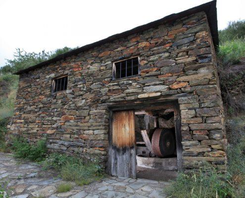 monumentos que ver cerca de casa rustica ribeira sacra