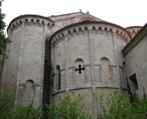 monasterio cercano a casa rural en corveixe