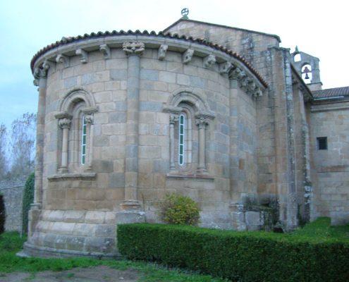 estilo romanico cercano a casa rural en ribeira sacra
