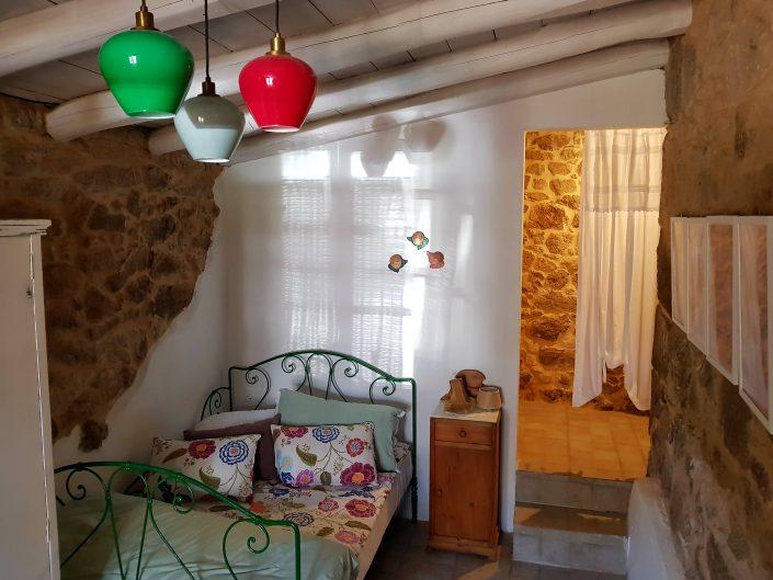 dormitorio para 1 persona en casa rural en galicia