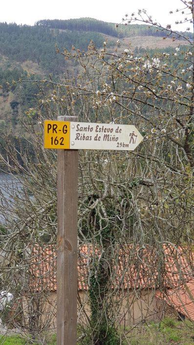 ruta de senderismo cerca de casa rural en ribeira sacra