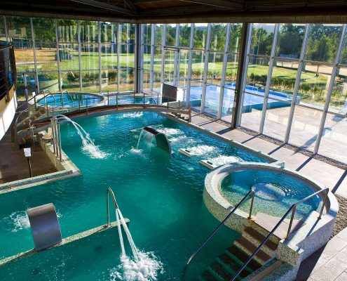 piscina climatizada para viviendas rusticas en galicia